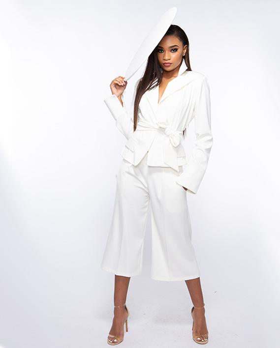 ren_0027_Natalia Suit Front